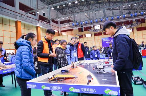 淮安市第三届机器人大赛隆重举行