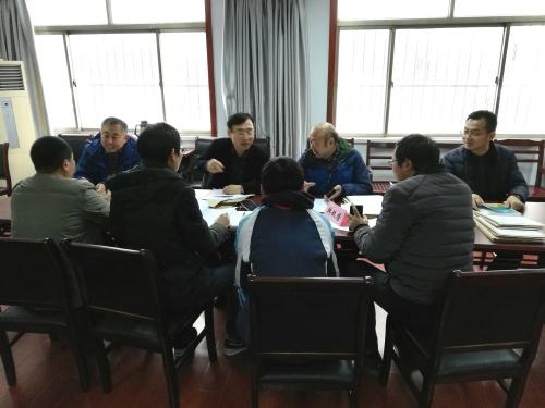 扬州市青少年科技立异大赛做品专家征询会举行